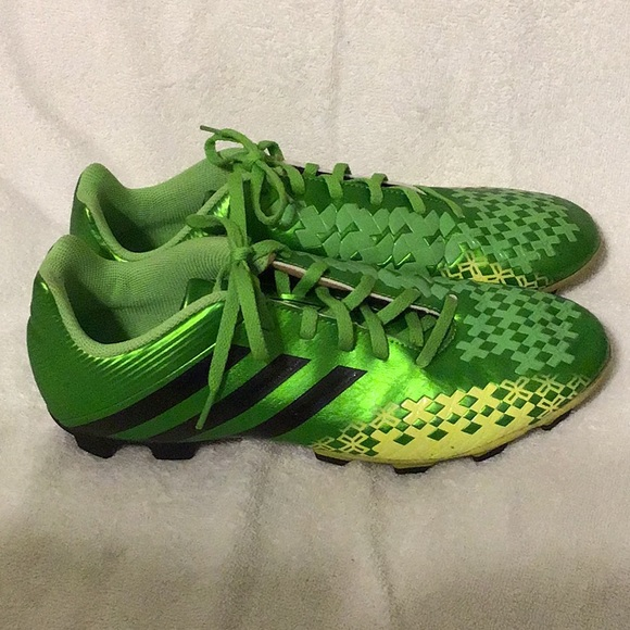 2ffe1b97a70 adidas Other - Adidas Predito men s soccer cleats ART Q21649